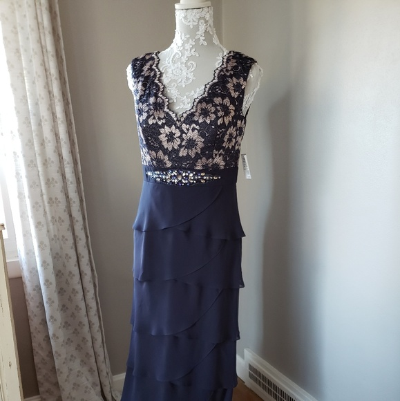 a125fa4e50f Mother of the Bride Dress